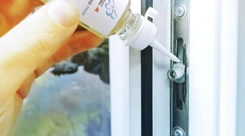 Как ухаживать за фурнитурой пластиковых окон?